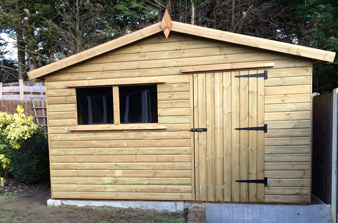 Shed Services In Brentwood Ilford And Romford - Difference between log lap sheds and ship lap sheds